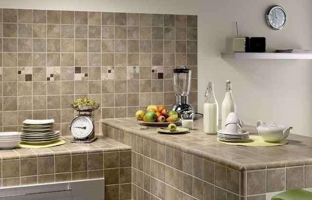 Отделка стен на кухне: материалы, их достоинства, недостатки