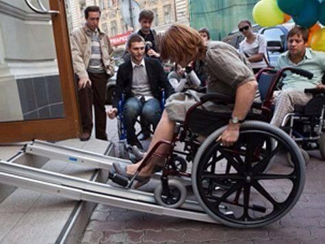 Устройство пандуса для инвалидов на крыльце своими руками