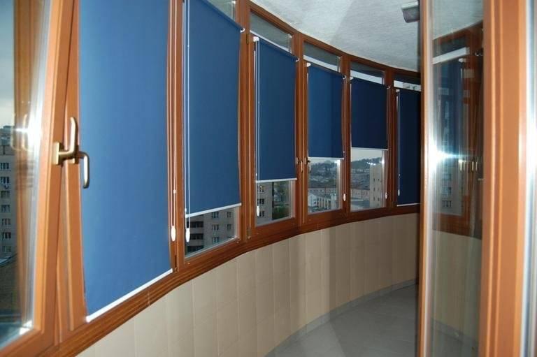 Жалюзи на балкон: как выбрать красивые и практичные конструкции на окна и двери