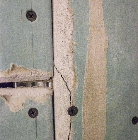Как заделать швы гипсокартона на потолке что не потрескались