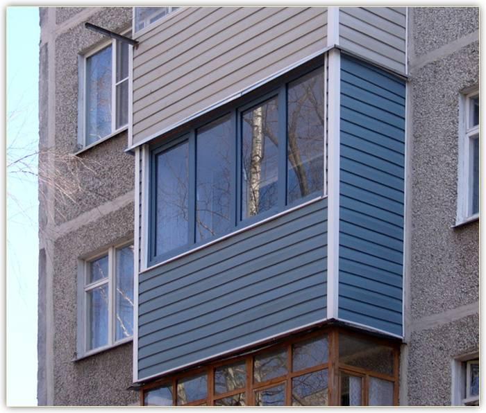Обшить балкон (73 фото): чем обшивают изнутри и снаружи, лучше обшивка пластиком или ламинатом