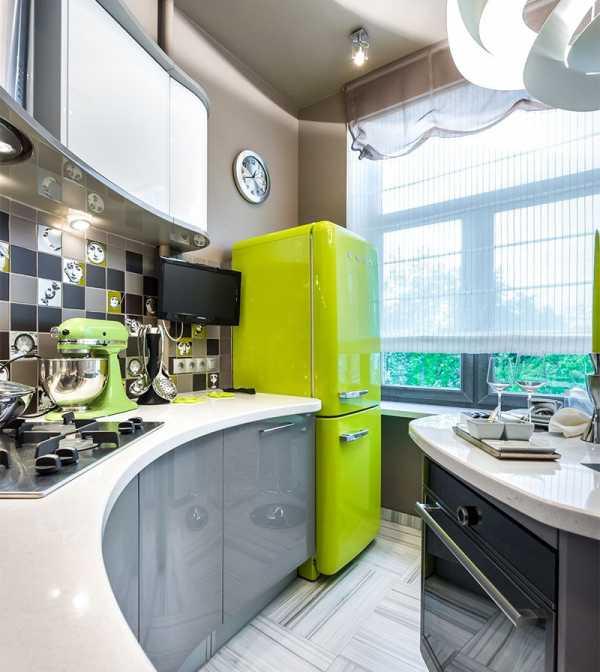 Холодильник встроенный в кухню: схема установки своими руками