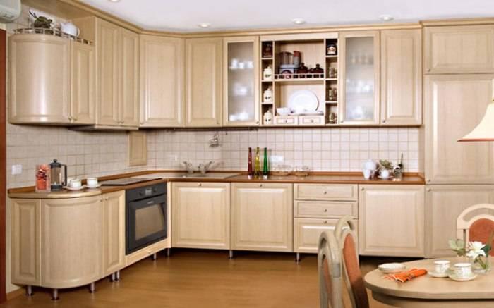 Глянцевые или матовые фасады для кухни — что лучше