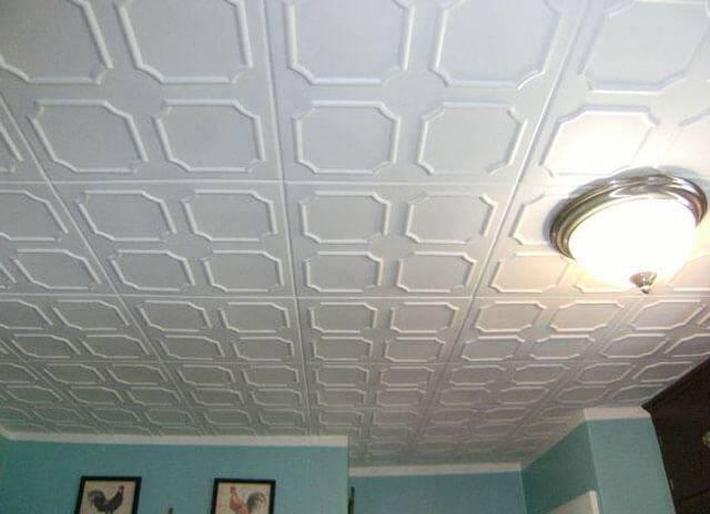 Рекомендации: как покрасить потолочную плитку из пенопласта