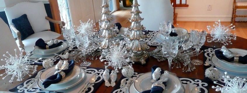 Сервировка новогоднего стола 2020 в домашних условиях: фото, идеи оформления