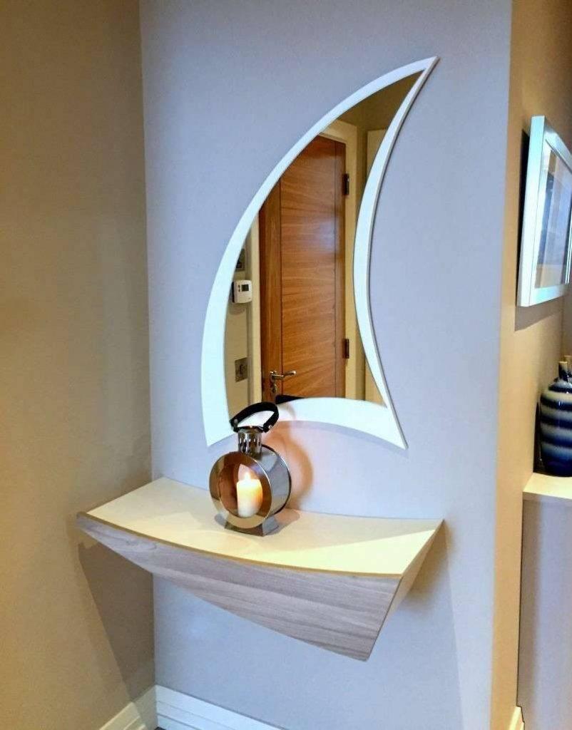 Настенное зеркало (61 фото): круглые и овальные зеркала на стену, необычные большие модели и дизайнерские декоративные изделия в интерьере