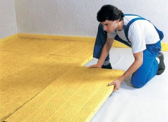 Утеплитель для пола по бетону: разновидности и какой материал лучше выбрать