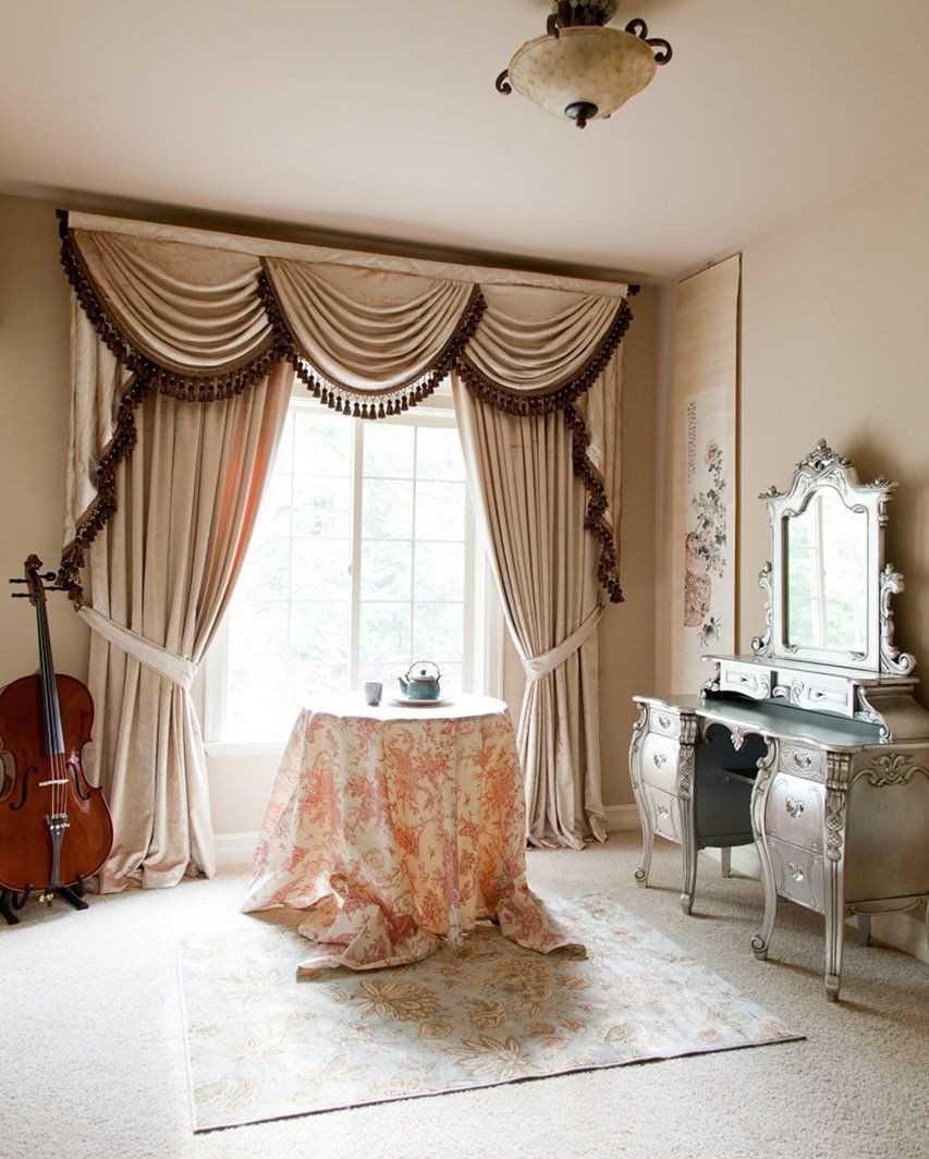 Красивые шторы в современном интерьере: дизайн занавесок и портьер, самые модные эскизы  - 55 фото