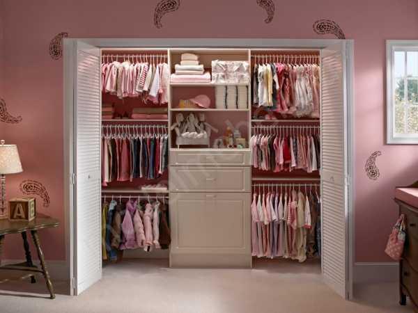 """Раздвижные двери для гардеробной  (82 фото): зеркальные, отзывы о гардеробе """"тодален"""""""