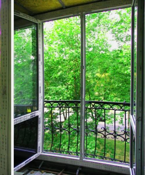 Французский балкон— фото современного оформления