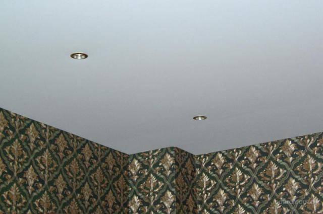 Натяжные потолки без нагрева своими руками (26 фото): за и против монтажа, как самому сделать установку и правильно натянуть