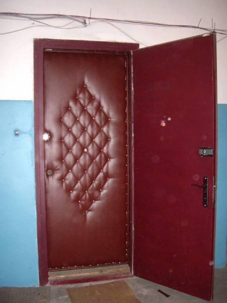 Звукоизоляция металлической и межкомнатной двери своими руками
