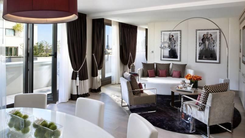 Гардины для штор, виды карнизов для штор, какие лучше выбрать самые удобные настенные варианты в зал  - 39 фото