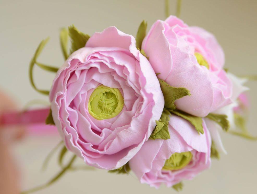 Что можно сделать из фоамирана своими руками: создаем цветы, елочные игрушки, снежинки, объемные картины (фото + видео)