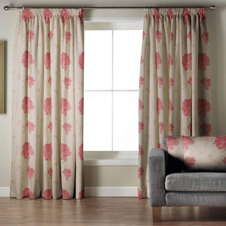 Тонкости использования розовых штор в интерьере спальни