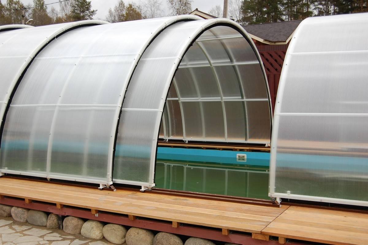 Теплица из поликарбоната с открывающейся крышей