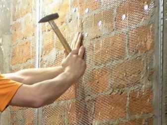Армирующая сетка для фасадной штукатурки стен: 5 важненйших моментов