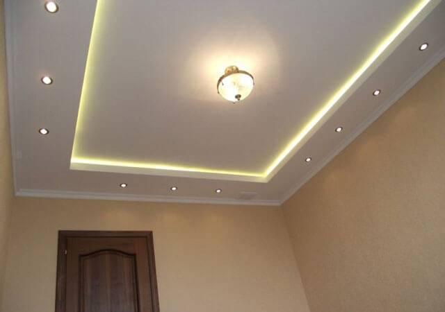 Потолок из гипсокартона с подсветкой: как сделать своими руками 2-х уровневый с подсветкой или вмонтировать освещение в натяжной потолок по периметру со светодиодной лентой
