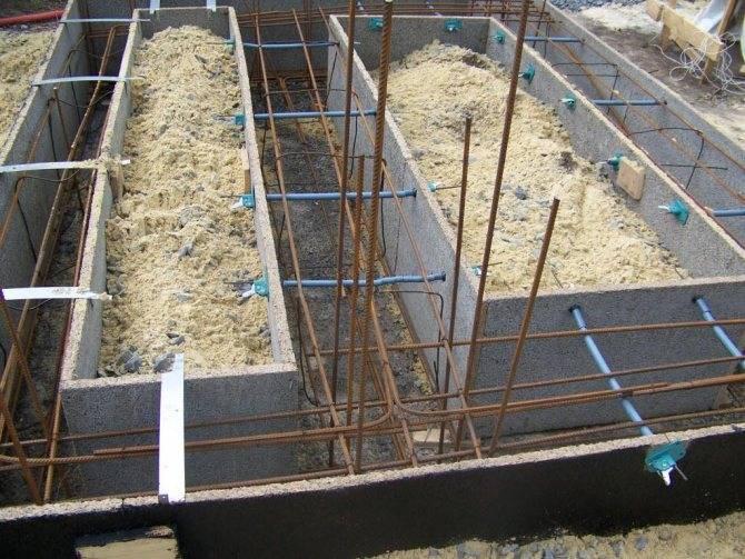 Строительство опалубки своими руками, съемная опалубка своими руками, пошаговая инструкция строительства опалубки.