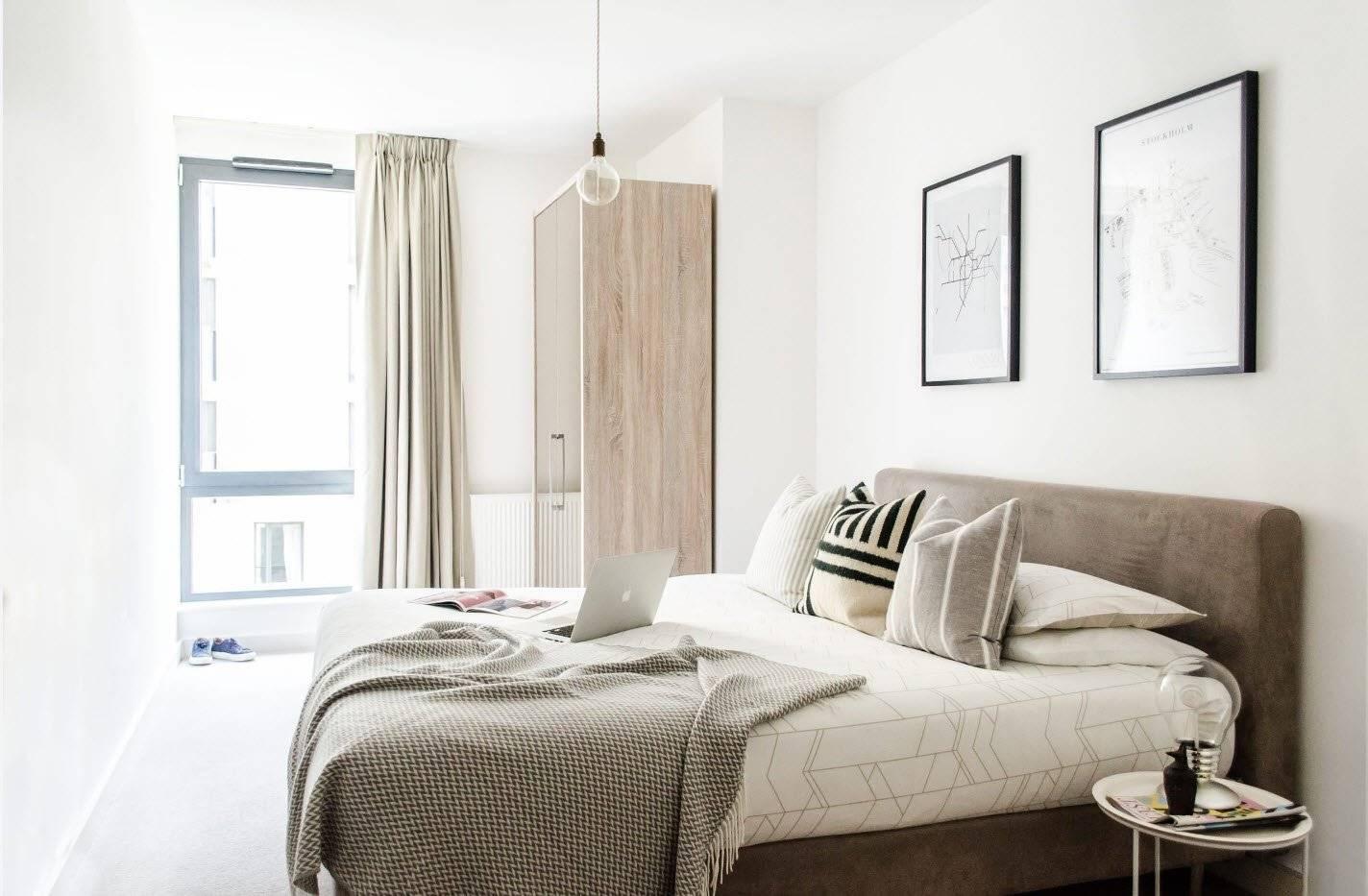 Стильный дизайн маленькой спальни 10 кв м: фото реальных интерьеров