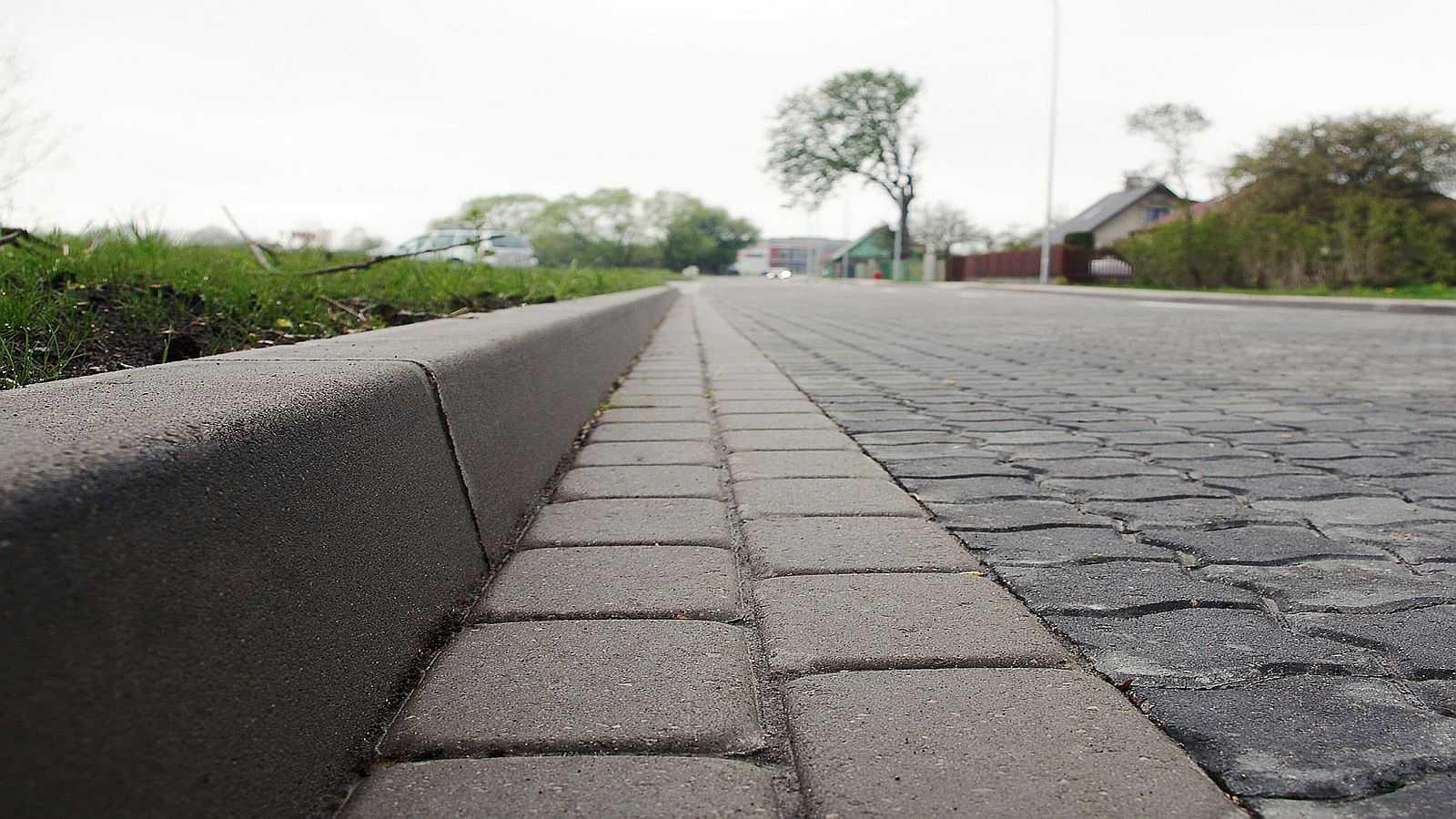 Как правильно установить бордюры ? для тротуарной плитки и брусчатки своими руками, виды укладки