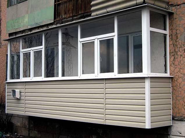 Чем обшить балкон снаружи: обзор материалов для наружной отделки
