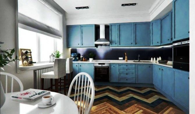 Кухня до потолка (50 фото): кухонные гарнитуры с антресолями в интерьере комнаты, угловые конструкции с высокими верхними шкафами, белые кухни от пола до потолка