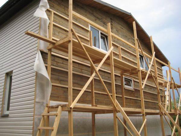 Сайдинг для внутренней отделки: фото монтажных работ внутри помещения на балконах и лоджиях
