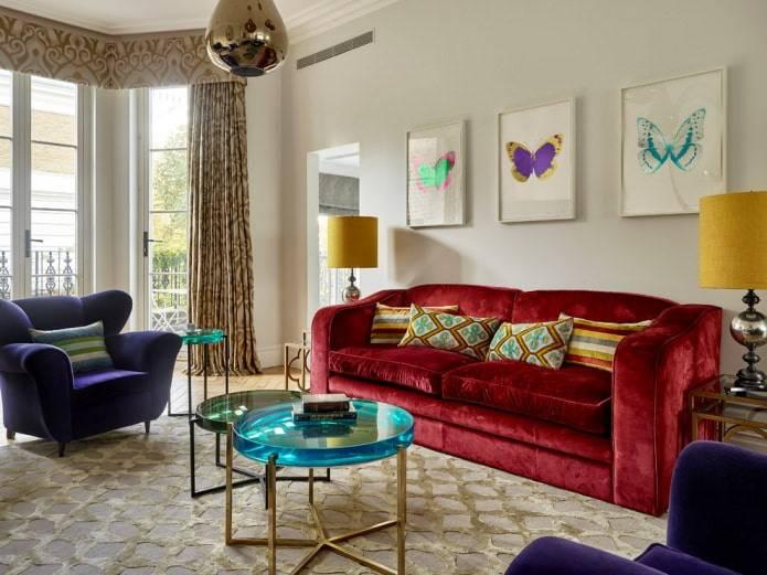 Красный диван | особенности интерьера с красным диваном | фото
