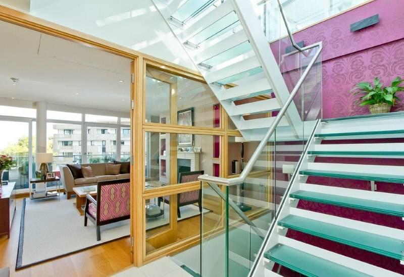 Перила для лестниц: металлические, деревянные, стеклянные, высота (47 фото)