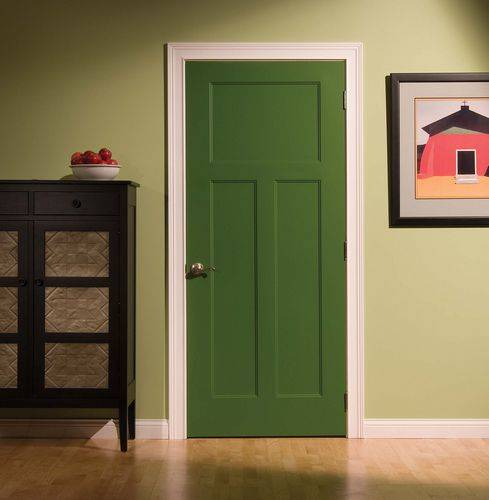 Двери из массива сосны (56 фото): межкомнатные деревянные неокрашенные филенчатые модели, отзывы