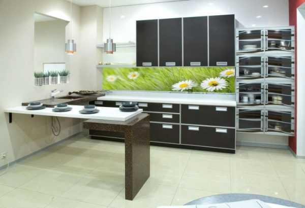 Настенные панели для кухни (24 реальные фото): преимущества и недостатки, гид по материалам