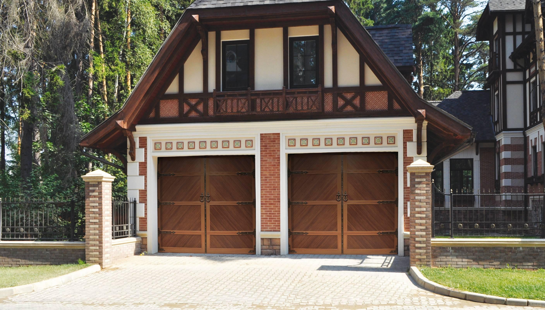 Разные виды ворот для гаража - преимущества и недостатки