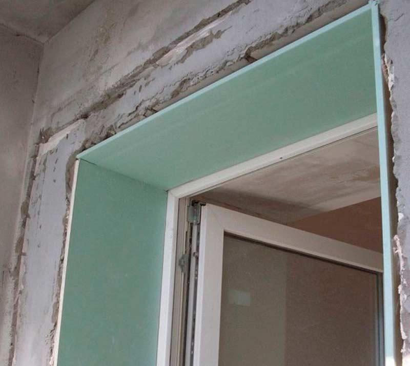 Как выполнить отделку откосов входной двери: разные варианты