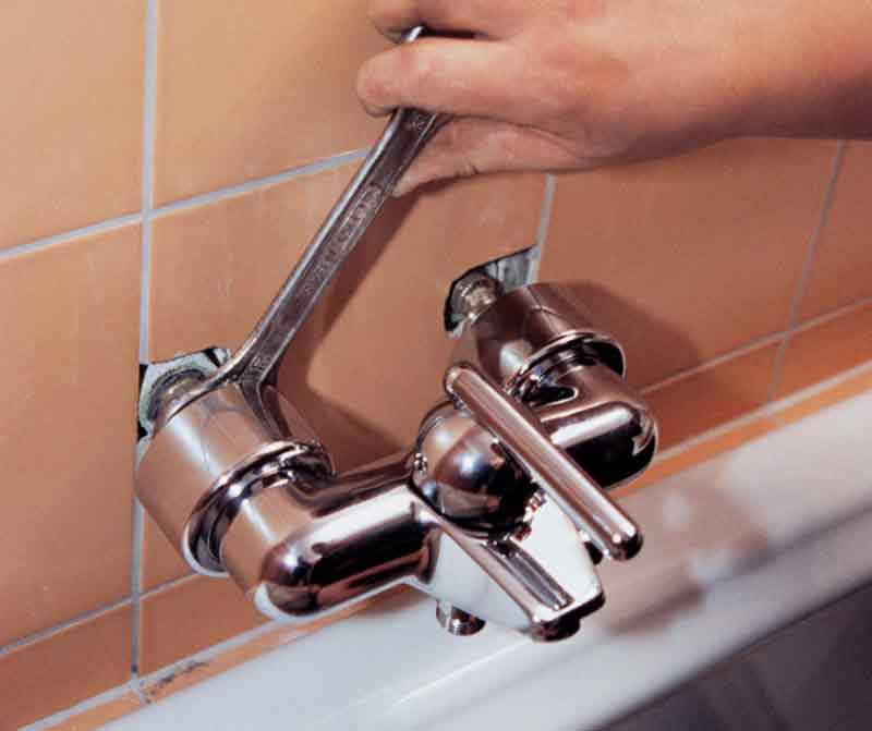 Как выбрать смеситель с душем для ванной: основные рекомендации по выбору изделия, описание способов установки