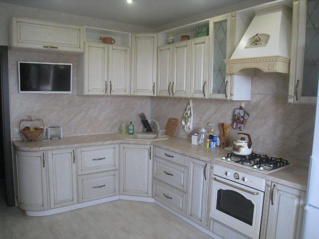 Плюсы и минусы кухни цвета слоновой кости (айвори), как сочетать кухонный гарнитур с интерьером