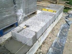 Как класть керамзитобетонные блоки: обзор процесса работ