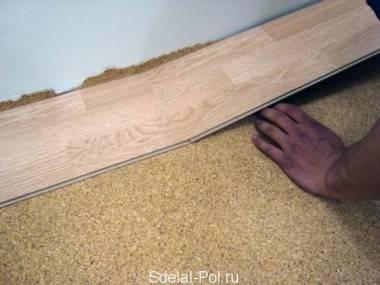 Подложка под ламинат (56 фото): какую лучше выбрать для деревянного и бетонного пола, особенности пробковой и хвойной модели
