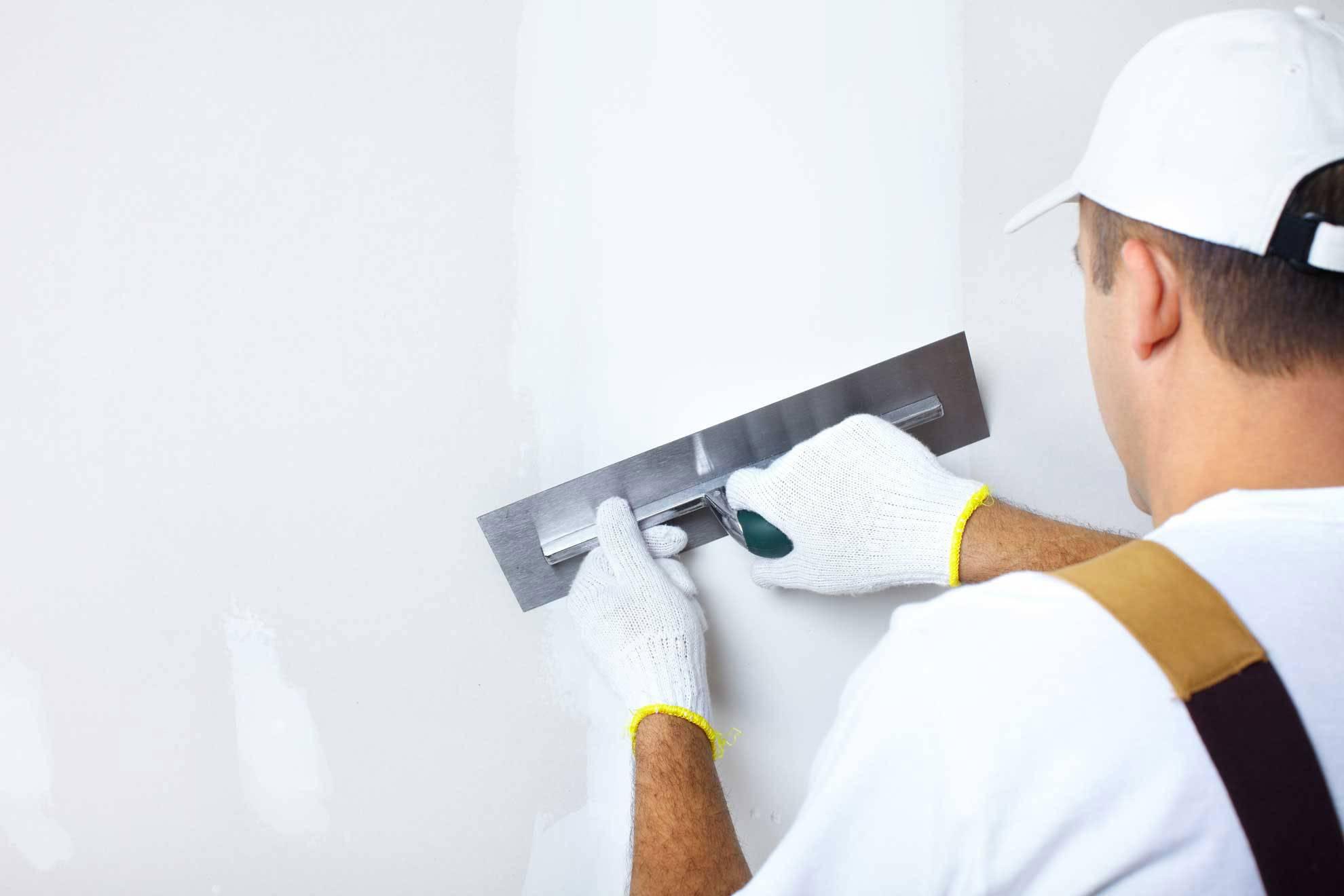 Стены под покраску (60 фото): порядок работ, как подготовить стену к выравниванию, подготовка к ремонту своими руками