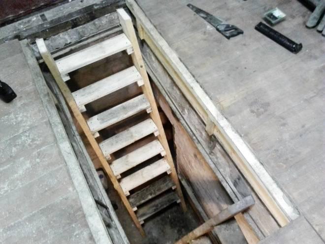 Как обустроить погреб в гараже для хранения зимних заготовок? оптимальные размеры и фото