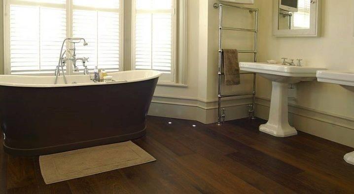 Линолеум в ванную комнату (43 фото): можно ли стелить на стены? выбор влагостойкого линолеума