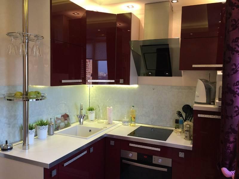 Красная кухня: фото реальных интерьеров, идеи оформления