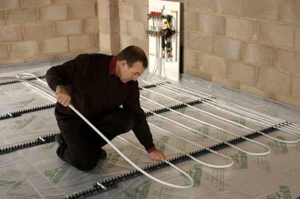 Обзор теплого водяного пола без бетонной стяжки