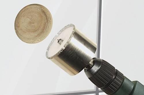 Подробная инструкция и полезные советы о том, как сверлить кафельную плитку на стене: 50 фото и 3 видео
