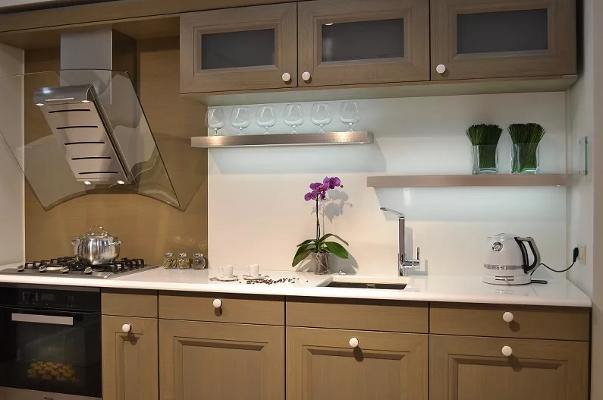 Кухня без ручек – 6 решений для современных интерьеров