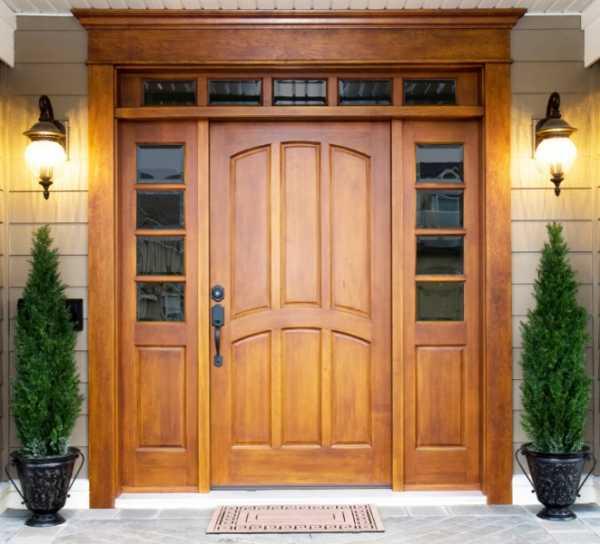 Конструкция утепленных деревянных дверей для частного дома и дачи