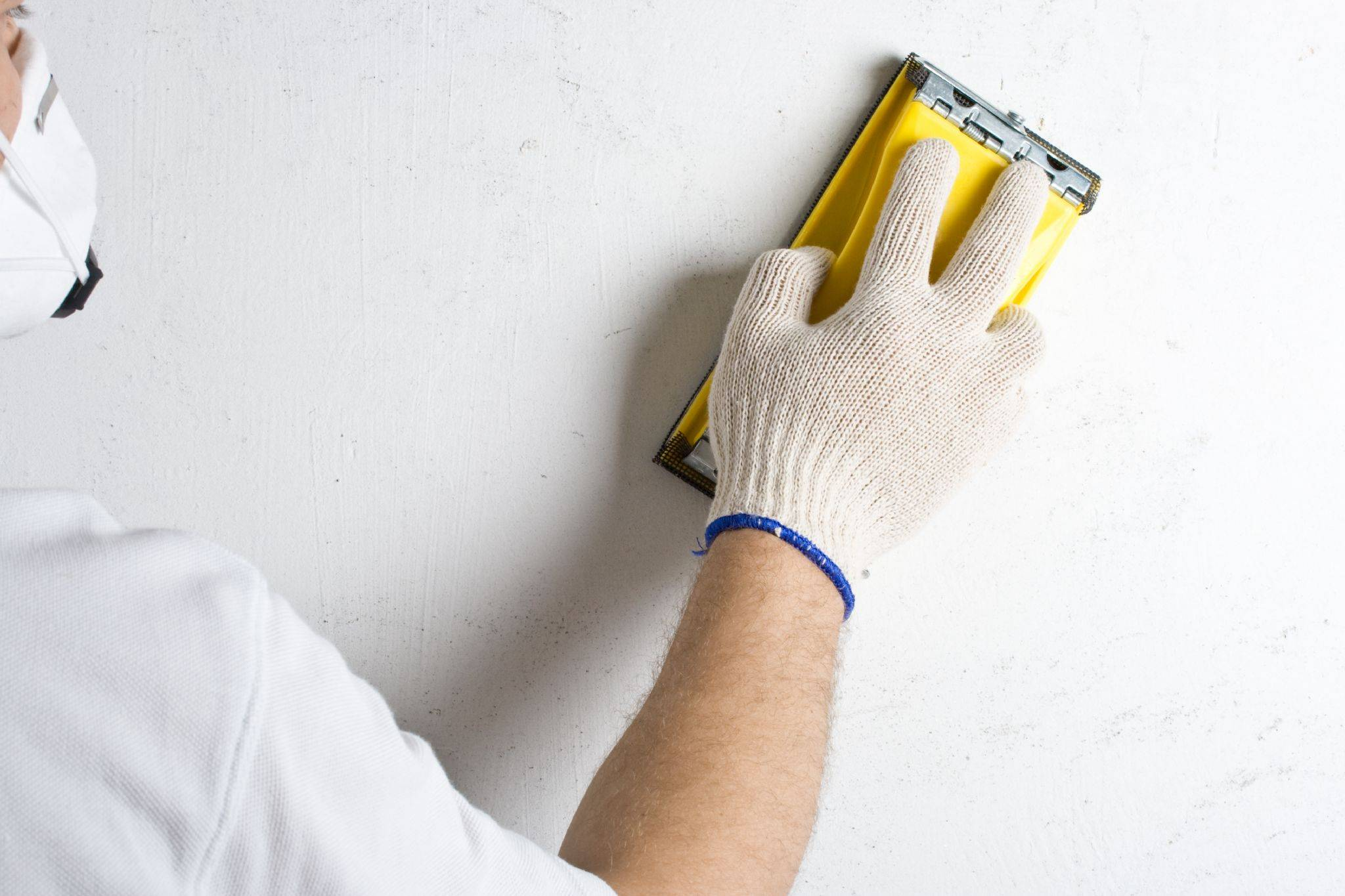 Как правильно наносить стартовую шпаклевку для стен