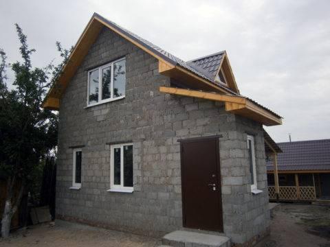 Как утеплить дом из керамзитобетонных блоков снаружи: советы специалистов