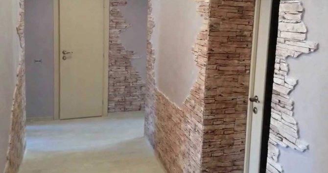 Укладка декоративного искусственного камня на стену своими руками: на что клеить и как класть (видео)