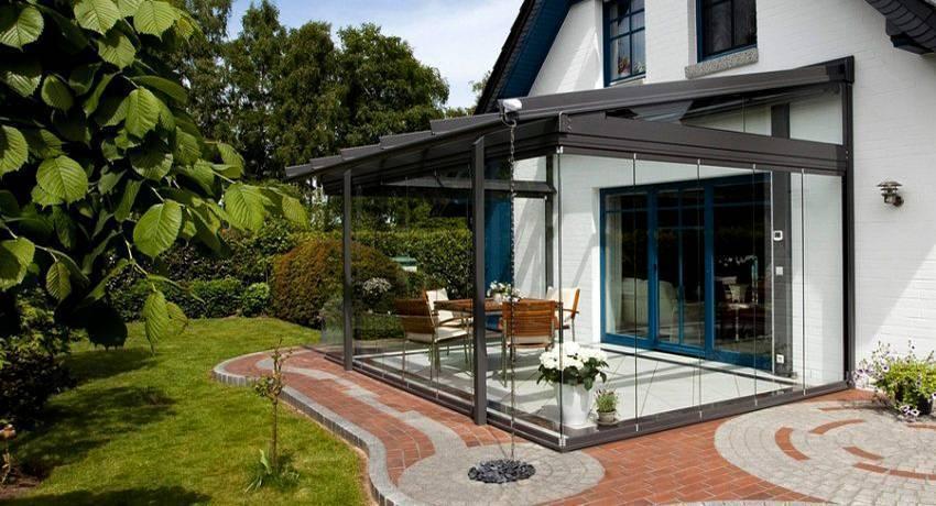 Терраса из поликарбоната, пристроенная к дому: варианты размещения и основные этапы строительства